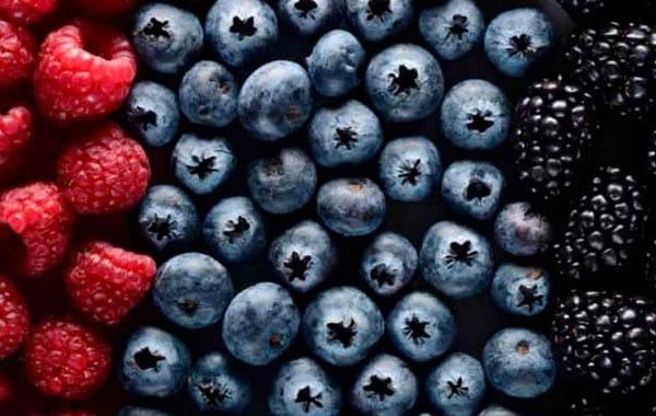Berries lower blood pressure